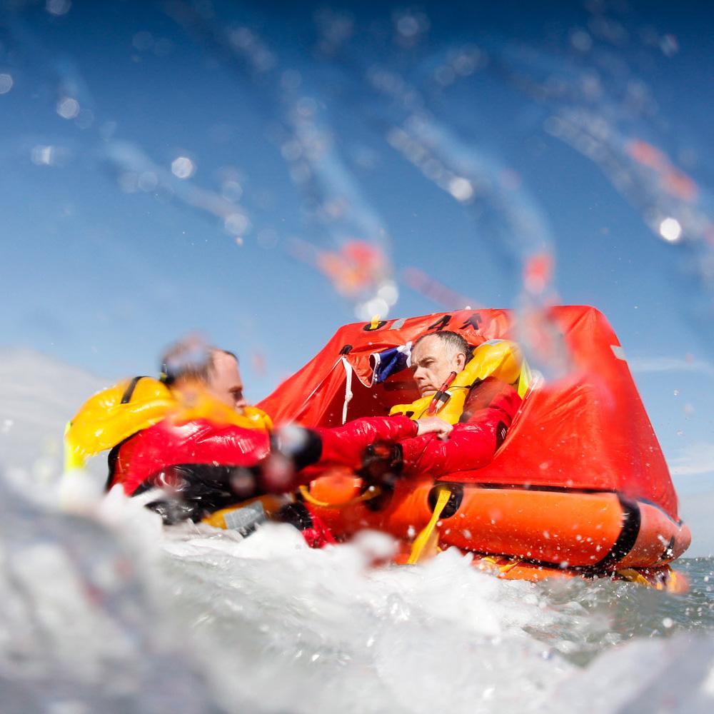 ISO Ocean Liferaft Under 24hr Valise 4 Man